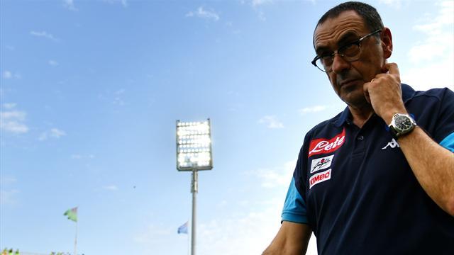 Il futuro di Sarri a Napoli è ancora tutto da scrivere: la decisione arriverà soltanto lunedì