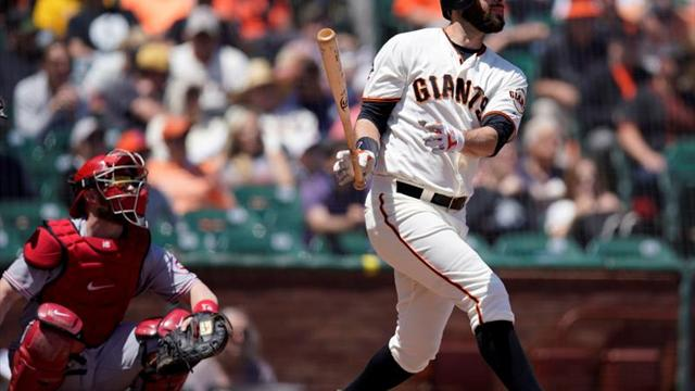 Piratas consolidan liderato; Filis y Rockies lo acarician; Dodgers ganan