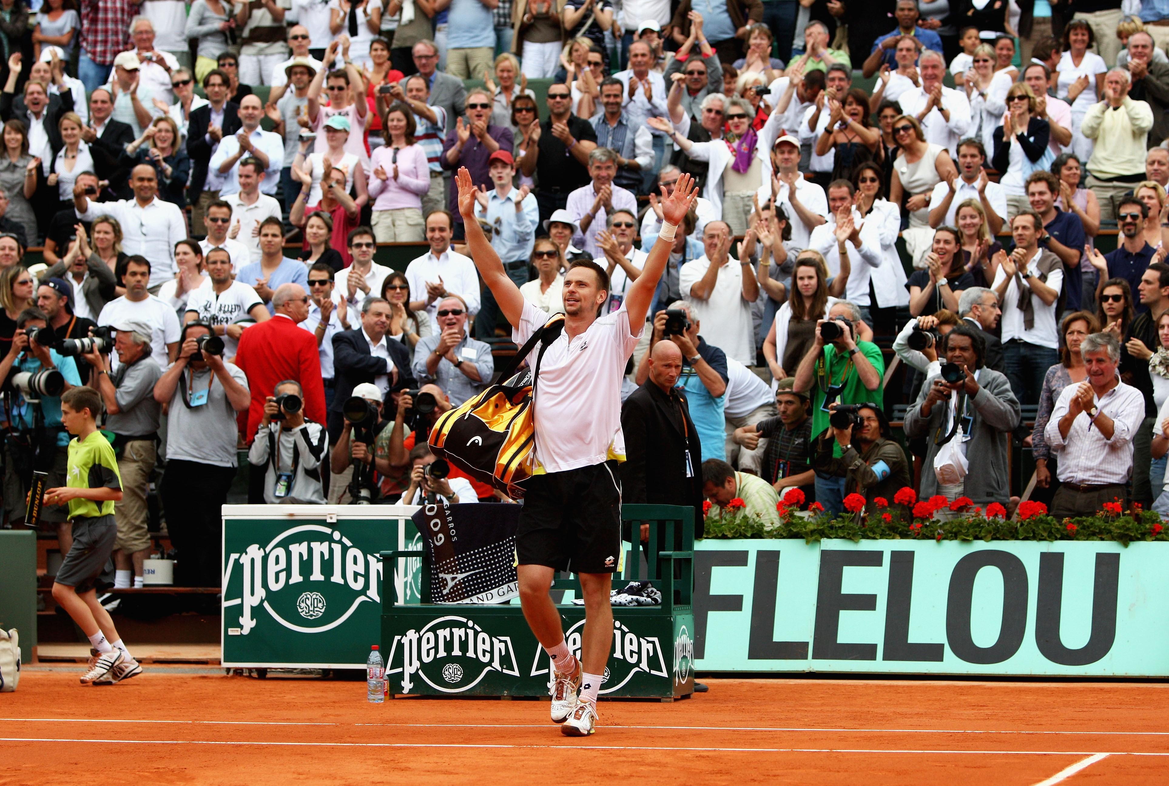 Federer redo besegra gruset i paris