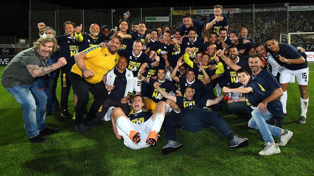 Risultati immagini per il Parma torna in serie a