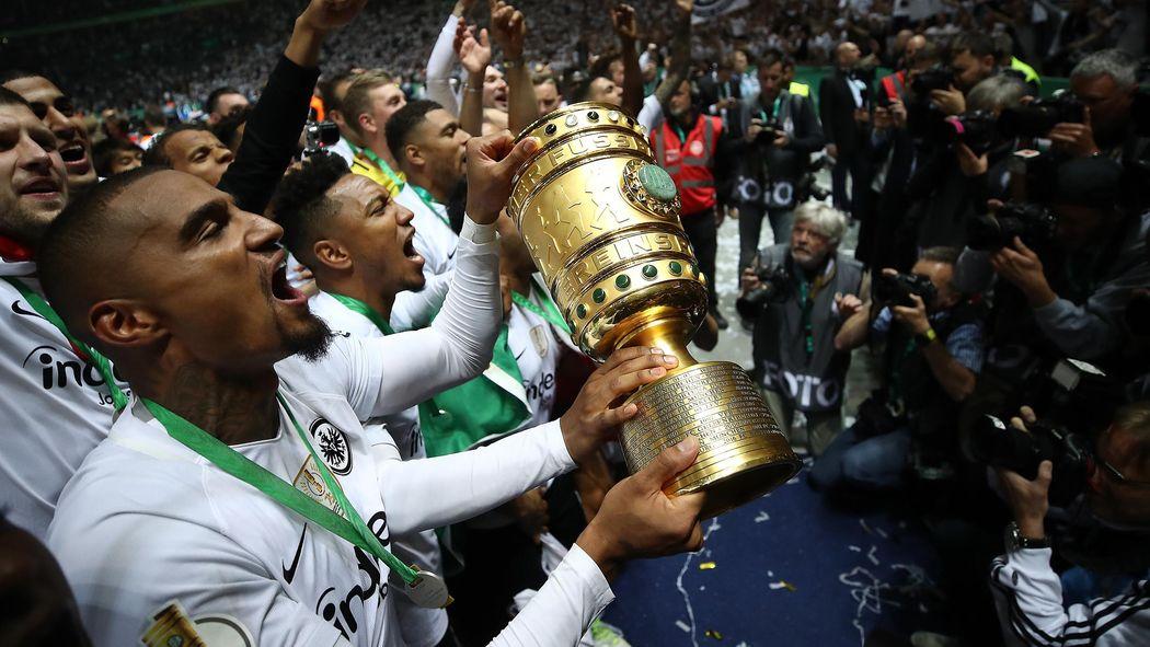 3 Dinge Die Beim Pokalfinale Zwischen Bayern Und Frankfurt