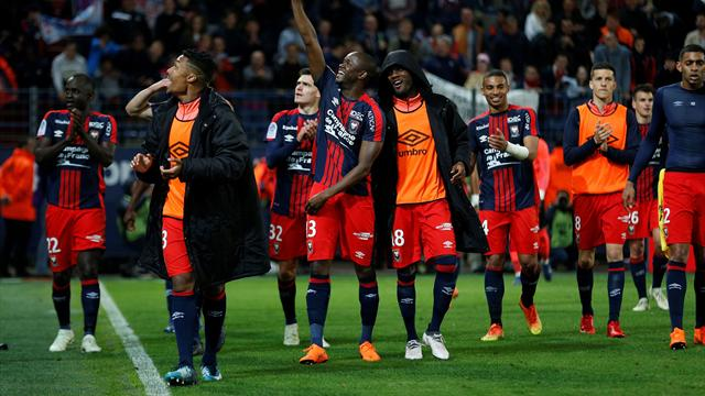 Caen assure son maintien contre le PSG, Toulouse barragiste