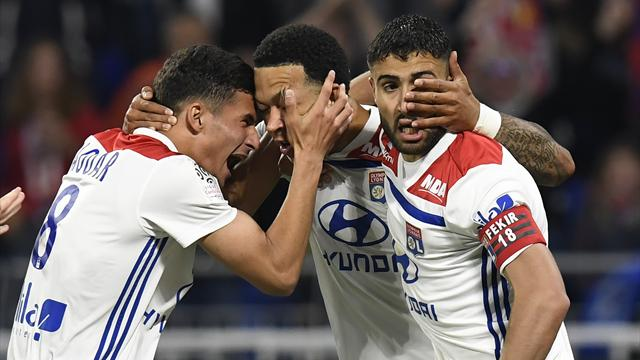 « I wish you recup the ball » : l'auto-troll de Fekir à destination de Depay