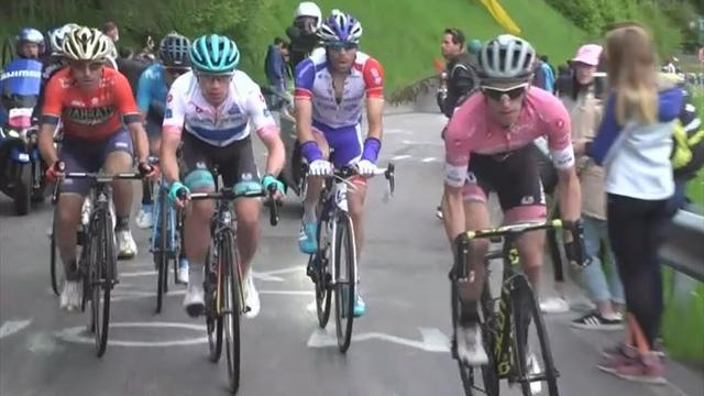 Giro de Italia 2018:  El ataque definitivo de Simon Yates para llevarse la decimoquinta etapa