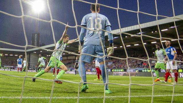 """""""Mein schwierigster Job"""": Wolfsburg siegt auch in Kiel und verhindert Abstieg"""