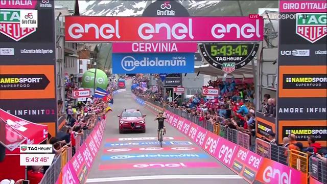 Här vinner Mikel Nieve den näst sista etappen