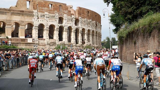 Märkliga scener i sista etappen när cyklisterna protesterade mot banan