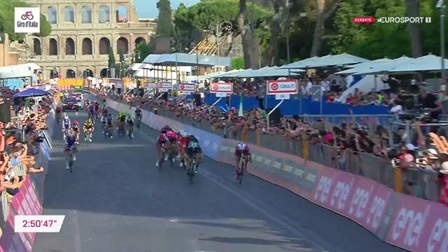 Se den siste kilometeren: Bennett til topps i Giro-avslutningen