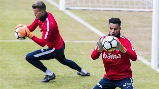 Hevder norsk landslagskeeper kan være på vei til nederlandsk fotball