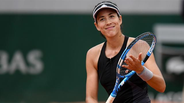 Muguruza destroys Stosur to reach fourth round