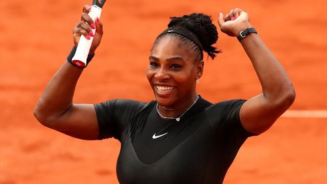 Serena sizzles to set up Sharapova clash in last 16