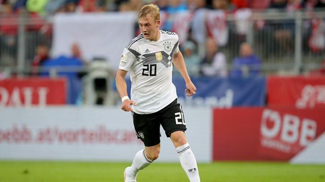 Experten fordern: Brandt statt Özil in die Startelf