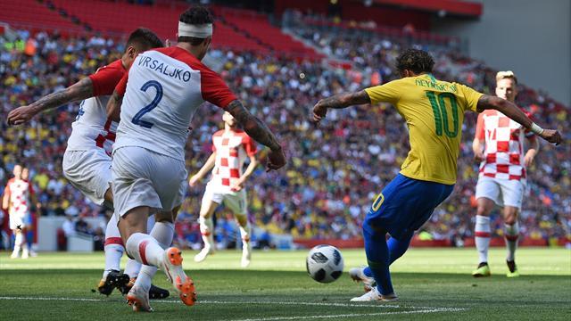 Trois défenseurs dans le vent et une mine sous la barre : quel retour de Neymar !