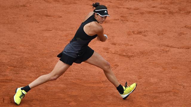 Muguruza sender Sharapova ud af Roland Garros med et brag