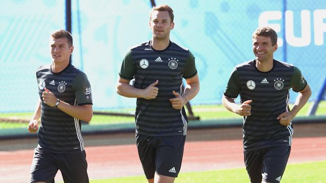 Neuer and Ozil start for Germany with Plattenhardt a surprise inclusion
