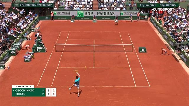 Roland Garros: Thiem-Cecchinato 7-5 7-6 6-1, gli highlights