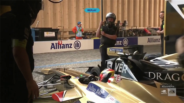 Zürich ePrix: Jean-Eric Vergne loses time at pitstop