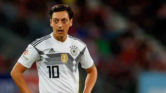 Der Özil-Kosmos: Wer beeinflusst ihn am meisten?
