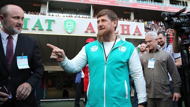 Слепакова попросили извиниться перед Кадыровым