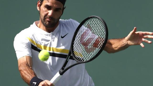Roger Federer vence a Mischa Zverev en su debut