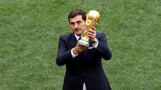 Casillas y su debate sobre la Luna moviliza Twitter