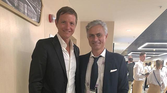 Павлюченко – о фото с Моуринью: «Обещал взять к себе в «Манчестер Юнайтед» и выпускать на 15 минут»