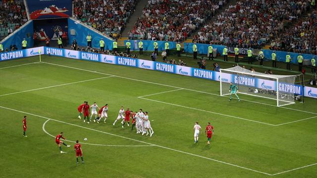 Ronaldo, c'est complètement fou : son chef-d'oeuvre sur coup franc en vidéo