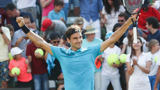 Federer back at No 1 after win over Kyrgios