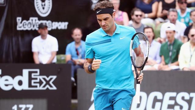 Federer kariyerinin 98. zaferini Stuttgart'ta elde etti