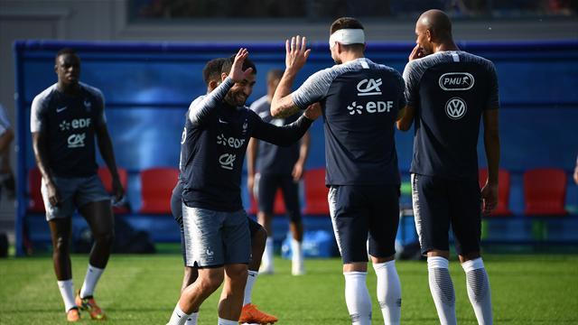 Le subtil piqué de Fekir, Giroud passeur et buteur : tous les buts des coiffeurs des Bleus