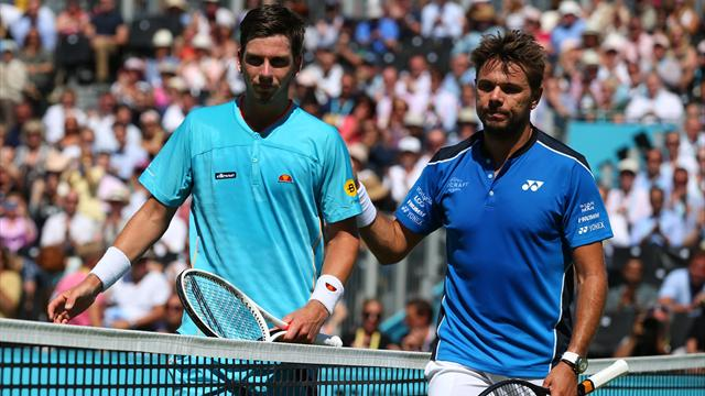 Wawrinka and Cilic cruise through at Queen's