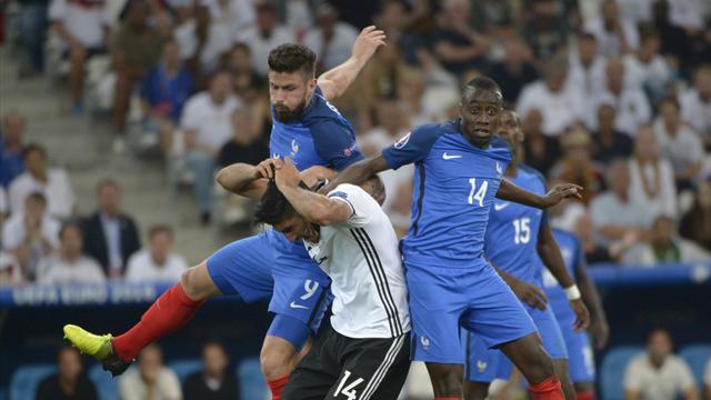 Giroud n'en veut pas à Mbappé