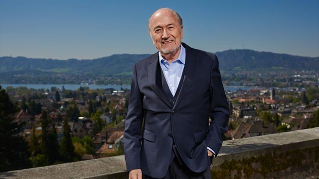 """Collection de montres et famille touchée : Blatter veut poursuivre la FIFA pour """"préjudice moral"""""""