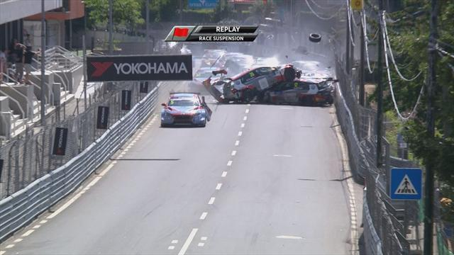 Massive crash results in huge pile-up in World Touring Car Championship