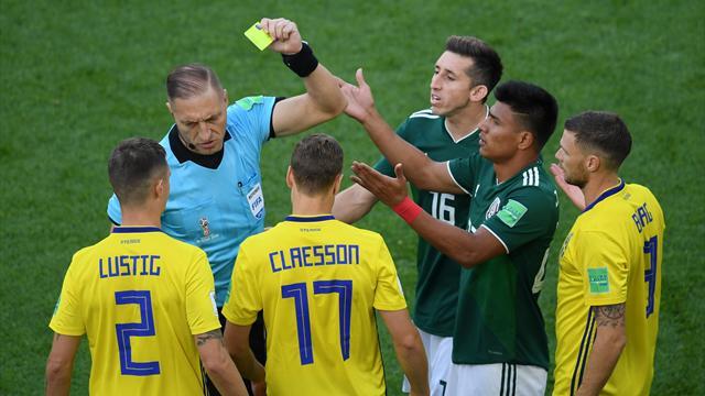 Гальярдо получил самую раннюю желтую карточку в истории чемпионатов мира
