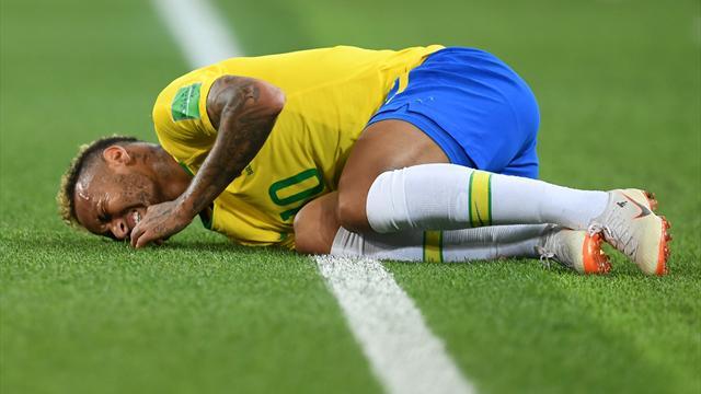 «Si tu dois tomber, tombe !» : le soutien de Rivaldo à Neymar