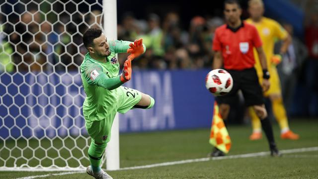 La Croazia va ai quarti solo dopo i calci di rigore: Subasic e Schmeichel super dopo l'1-1 dei 120'