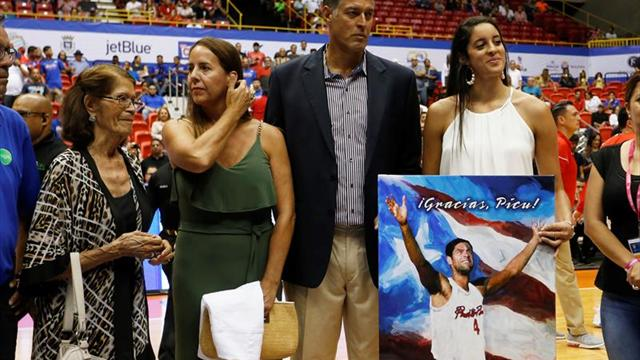 """El número 4 del mítico """"Piculín"""" Ortiz es retirado de la selección de baloncesto de Puerto Rico"""