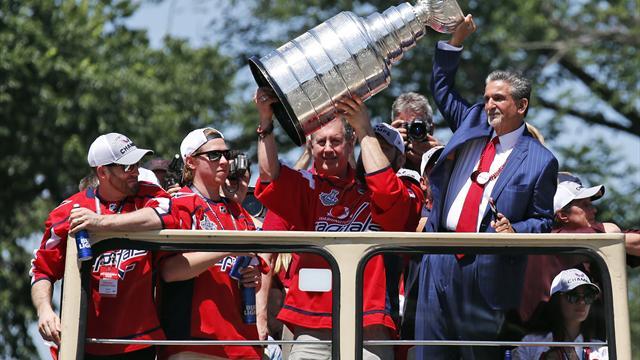 Owetschkin bringt Stanley Cup zur Fußball-WM