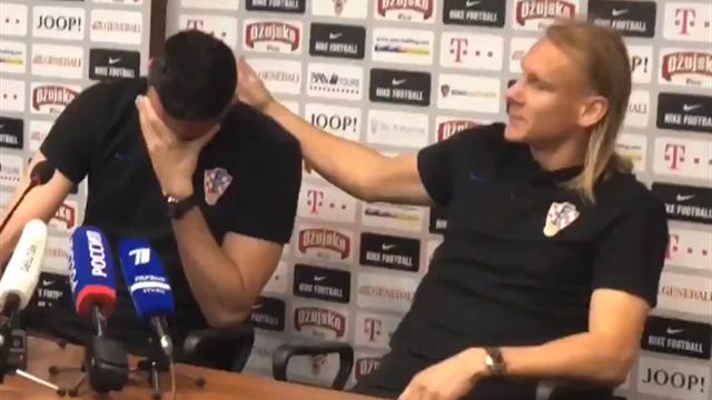 Вратарь сборной Хорватии несмог сдержать слез после вопроса опогибшем приятеле