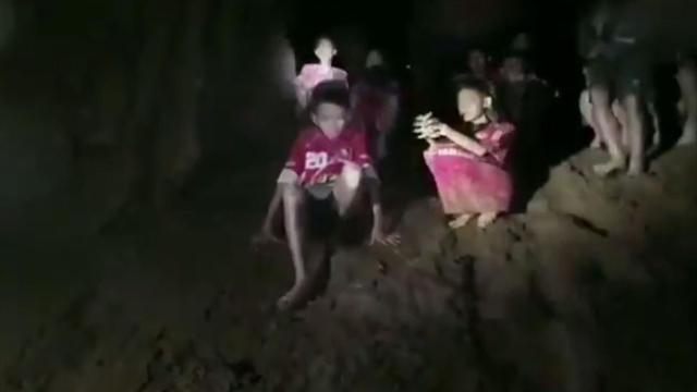 Стала известна новая угроза для здоровья запертых впещере детей вТаиланде