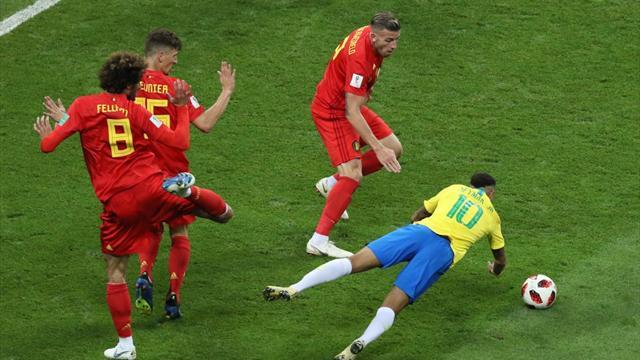 La moviola di Brasile-Belgio: doppia simulazione di Neymar, dubbi sul contatto Kompany-Gabriel Jesus