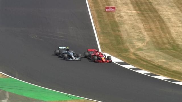 Vettel sorpassa Bottas alla curva 6 e vince a Silverstone: il video della prodezza di Seb