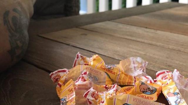 Игнашевич выложил фото с пенсии, после которого продажи конфет «Коровка» подскочат втрое