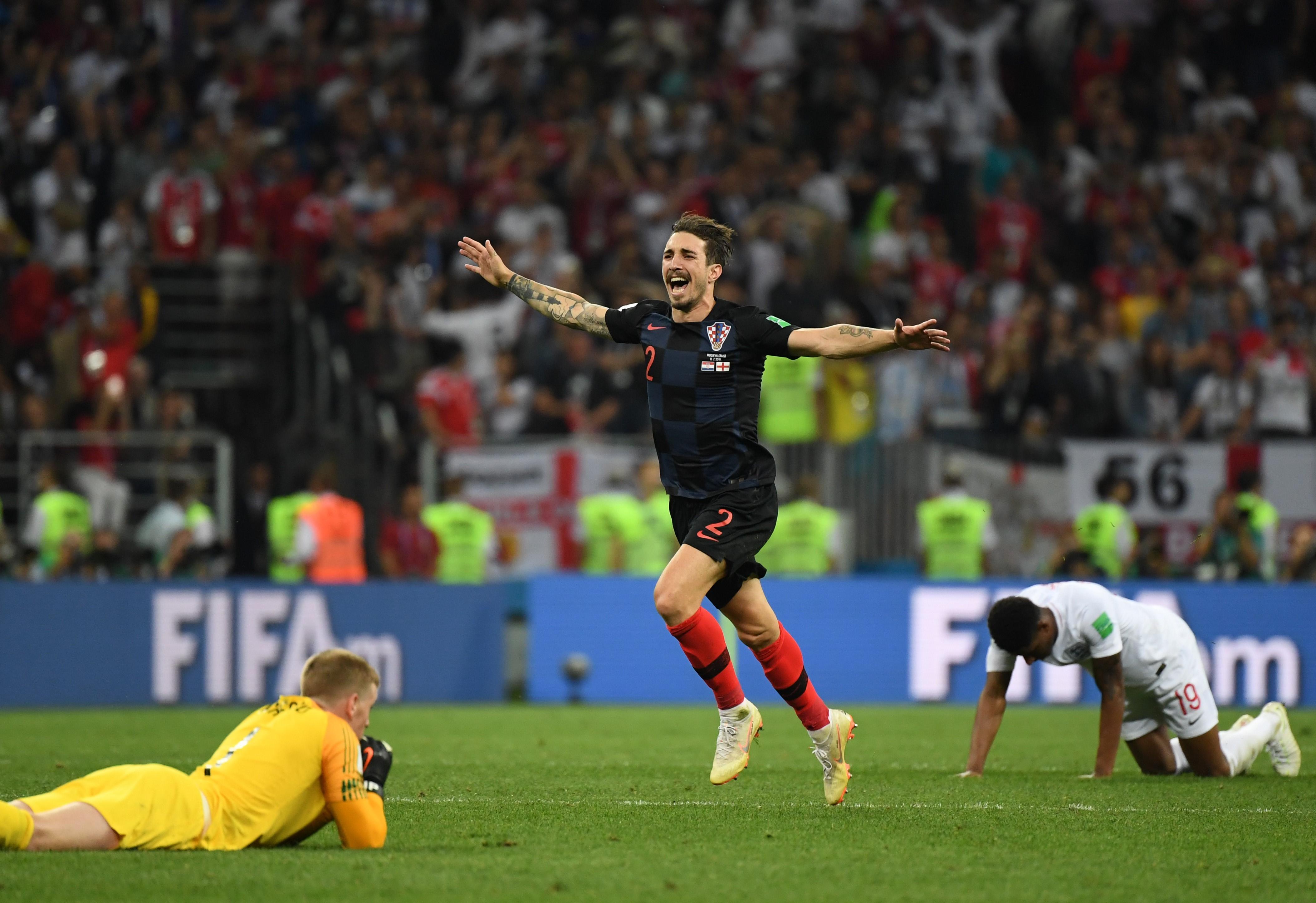 Sime Vrsaljko célèbre la qualification de la Croatie face à l'Angleterre