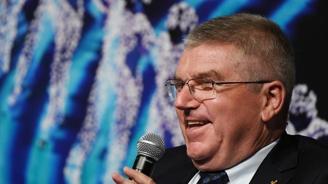 IOC-Präsident Bach besucht WM-Endspiel und trifft Putin