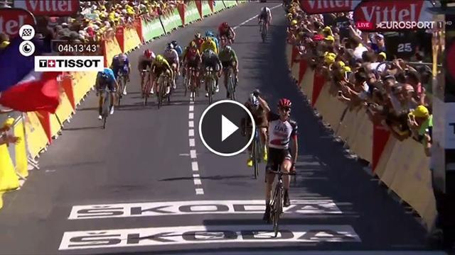 Daniel Martin doma il Mur de Bretagne, scatto pazzesco e vittoria nella sesta tappa del Tour