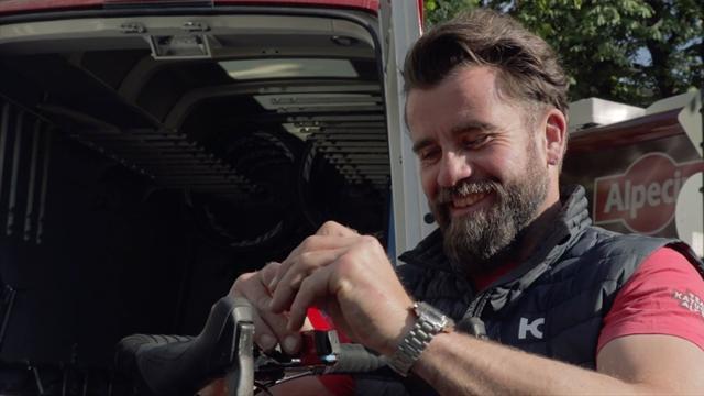 "Inside Katusha-Alpecin mit Chefmechaniker Roger Theel: ""Massensturz ist richtig kacke"""