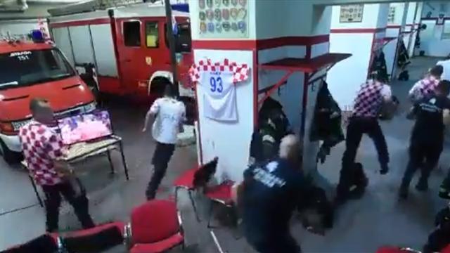 Хорватские пожарные смотрели матч с Россией, но получили вызов и уехали перед решающим пенальти