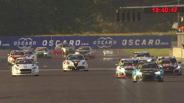 WTCR Slovakia: Tarquni wins race two